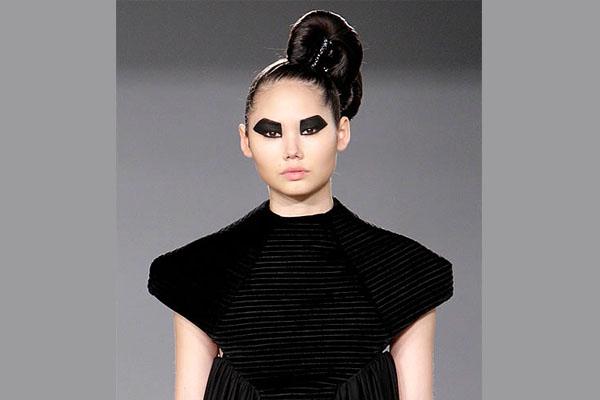 British Fashion designer Samantha Cole London debuts her collection at Nolcha Fashion Week: New York